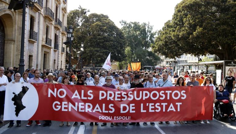 Manifestación contra los presupuestos generales del Estado en Valencia