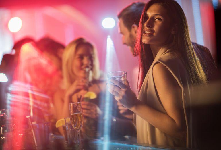 Se acabó el 'chicas gratis' en las discotecas