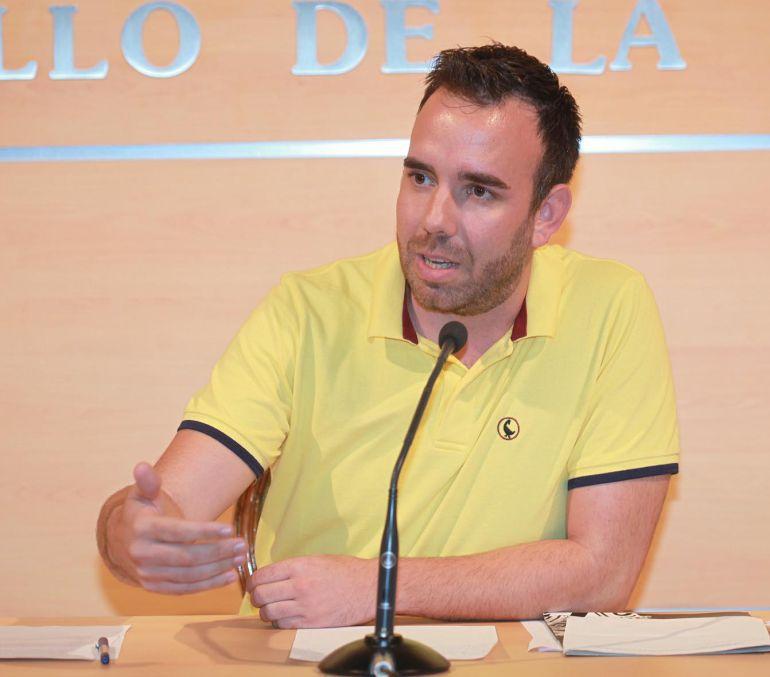 El tinent d'alcalde del Grau, Rafa Simó