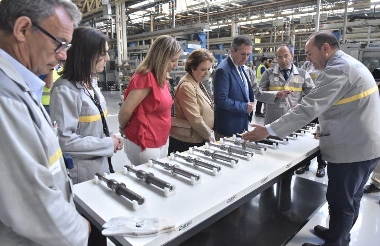 La factoría de Renault en Sevilla fabrica la caja de velocidad 27 ...