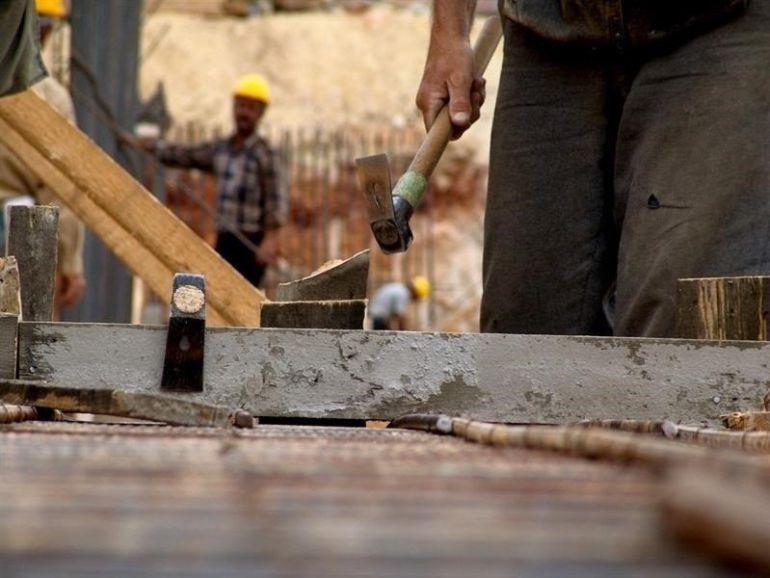 Los trabajadores canarios realizan más de 5 millones de horas extra en 2016