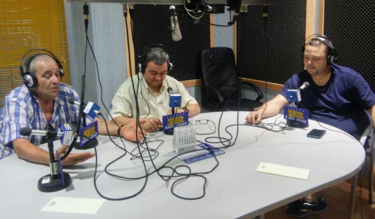 Mometno de la entrevista que manteníamos con los representades de la Peña Flamenca de Jódar