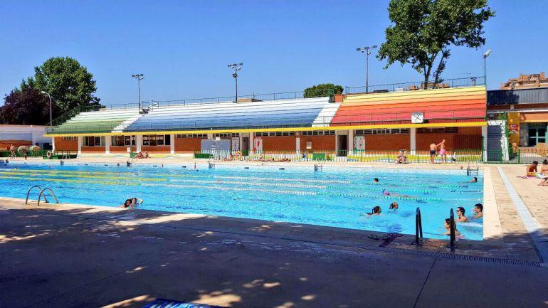 Abren las piscinas de la capital radio albacete cadena ser for Piscina olimpica madrid