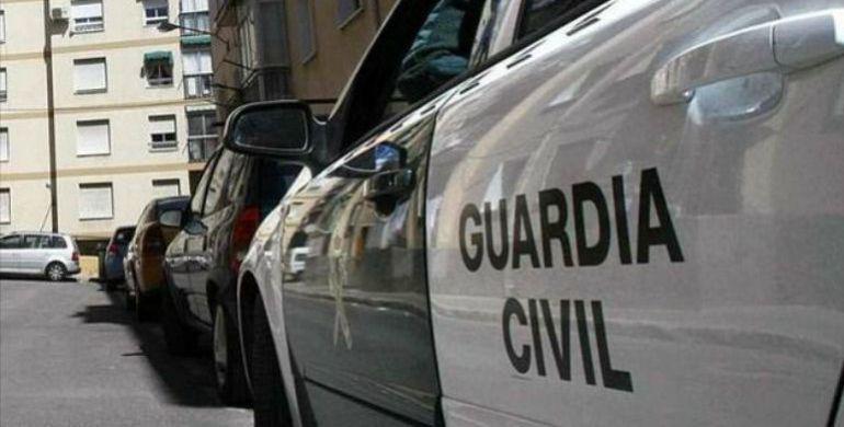 Efectivos de La Roda detienen a tres personas por robos en explotaciones agrícolas