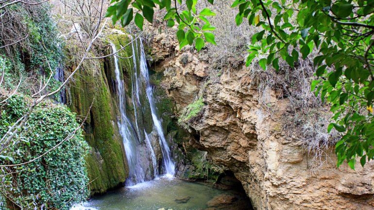 Cascada del Pozo de la Horca en Cañete.
