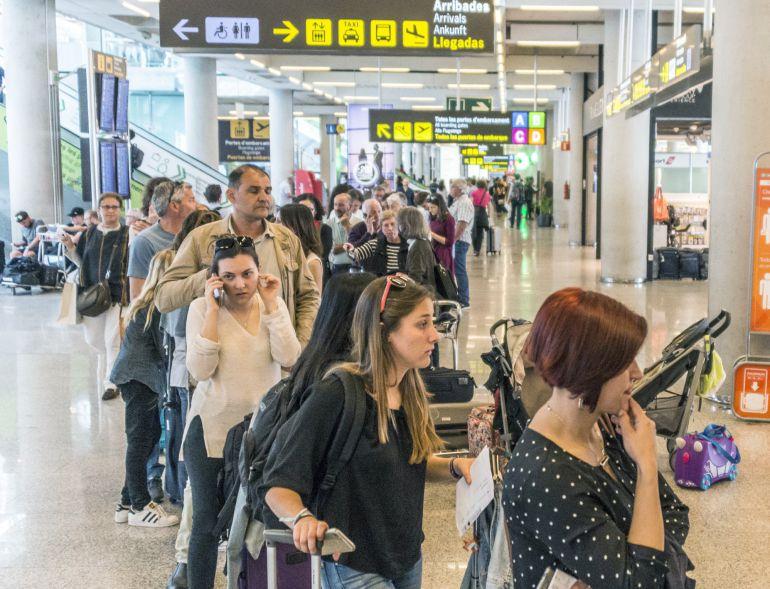 """CCOO denuncia la """"situación de colapso"""" de los trabajadores de Aena en Balears"""