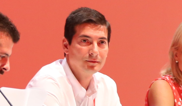 Rafa García, alcalde de Burjassot, en la Mesa del Congreso Federal del PSOE