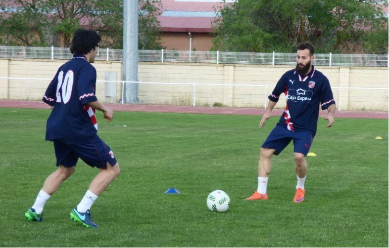 David Ruiz, de frente, durante un entrenamiento con la Selección de Castillla y León