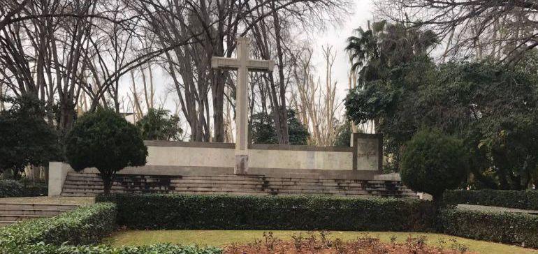 MEMORIA HISTÓRICA: El Comité de Expertos da el visto bueno para retirar la Cruz de los Caídos