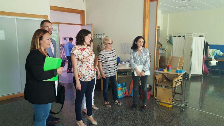 Juan Antonio Sempere y Eva Crisol en las instalaciones de ASPANIAS