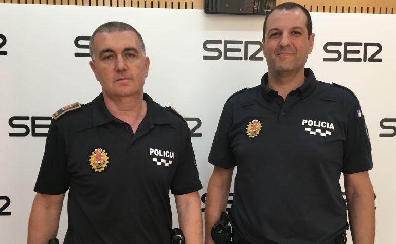 Los agentes Antonio Bernal y José Ramón Martínez han pasado por el programa Hoy por hoy para contar lo sucedido.