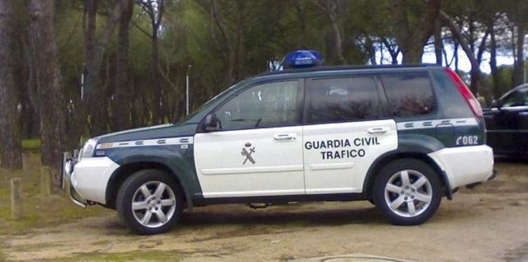 Herido grave un conductor en accidente en Santibáñez de la Peña