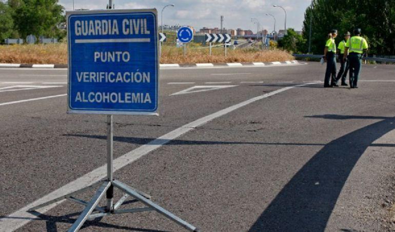 Denunciados más de 100 conductores por alcohol y drogas en Sevilla