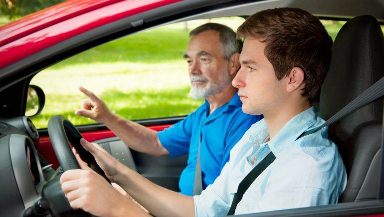 Imagen de archivo de un examinador de tráfico