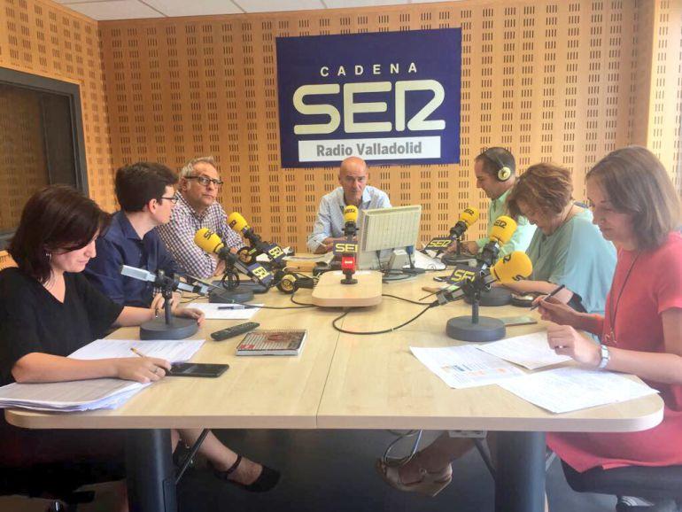 Portavoces de los cinco partidos en el debate sobre la gestión del agua