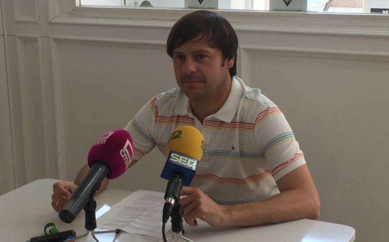 José Manuel Poyatos durante la rueda de prensa