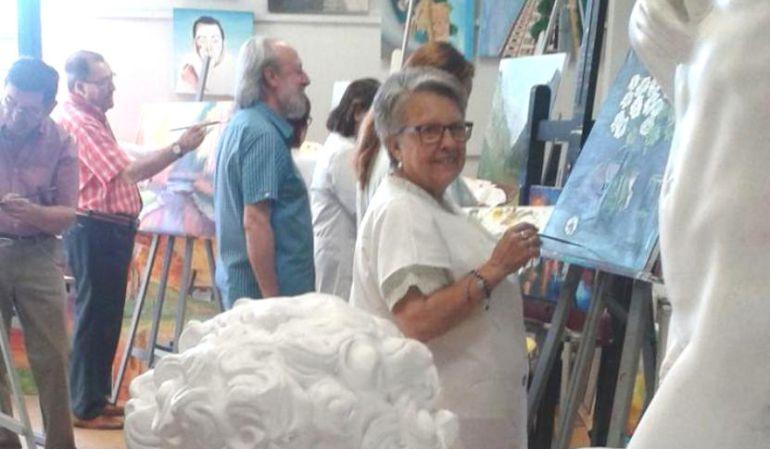 Los alumnos de los talleres de pintura municipales exponen estos días sus trabajos