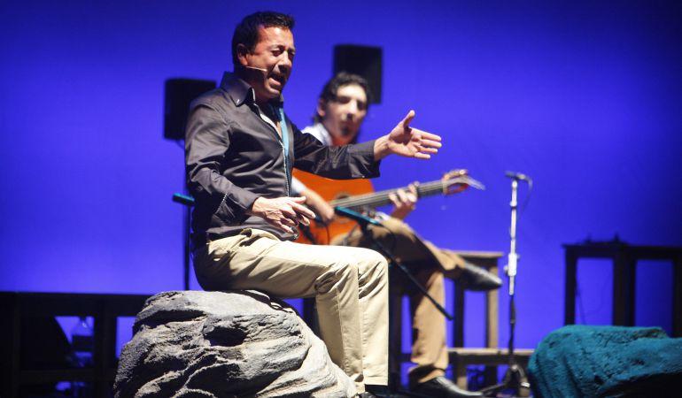 La palabra 'cantaor' únicamente es normativa si se refiere a un cantante de flamenco