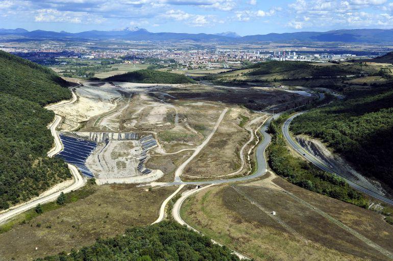 Imagen aérea del vertedero de Gardélegui.