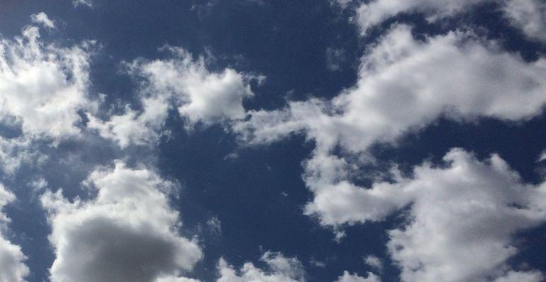 Este martes volvemos a tener cielos despejados por la mañana y cubiertos, por la tarde
