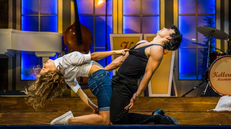 Dirty Dancing: Baby y Johnny saltan de la pantalla a las tablas