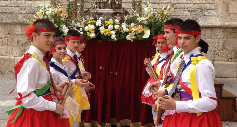 Los danzantes de Palencia lamentan la supresión de las danzas en la procesión del Corpus Christi
