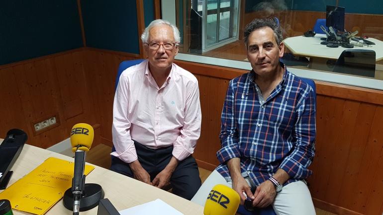 Manuel Garrido y José Ángel San Martín en el estudio de la Ventana