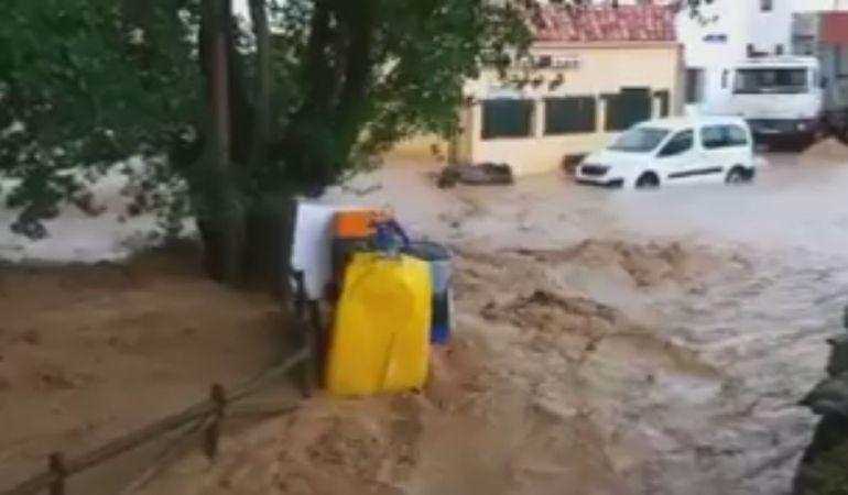 Tromba de agua en Villanueva de los Escuderos