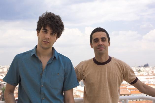 Javier Calvo y Javier Ambrossi, tras su entrevista en Radio Madrid