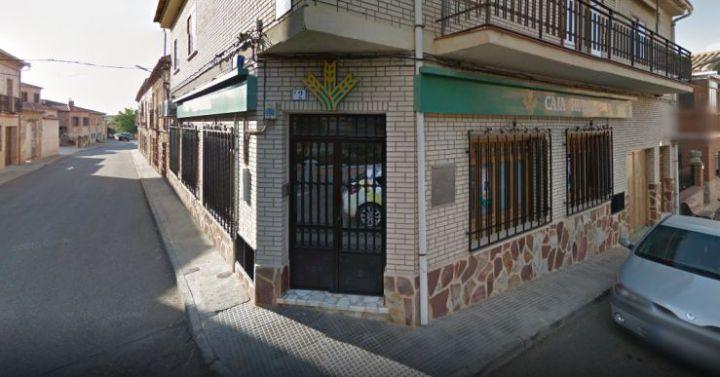 Cinco detenidos por los ltimos atracos a sucursales de for Oficinas de caja rural en madrid