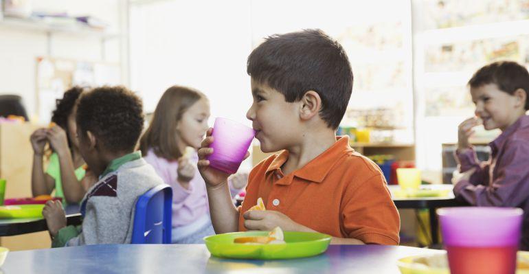 Ya pueden solicitar las ayudas de comedor escolar en for Ayudas para comedor escolar