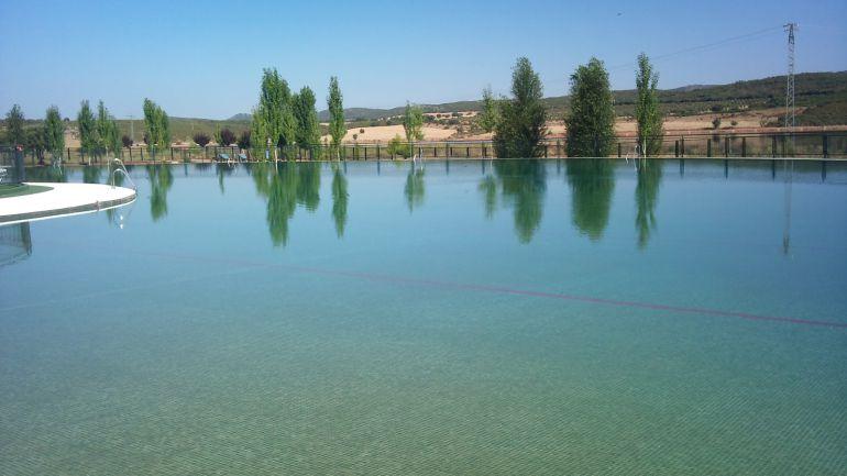 Las playas del vicario un lujo al alcance de todos for Piscina municipal ciudad real