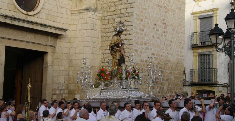 El 16 de Julio se producirá la solemnidad de la Virgen del Carmen en Jaén que incluye, entre otros actos, la tradicional procesión por el centro de la capital.