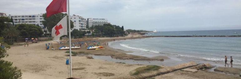 CONTAMINACIÓN: Alcossebre cierra la playa de las Fuentes al encontrar restos biológicos en el agua