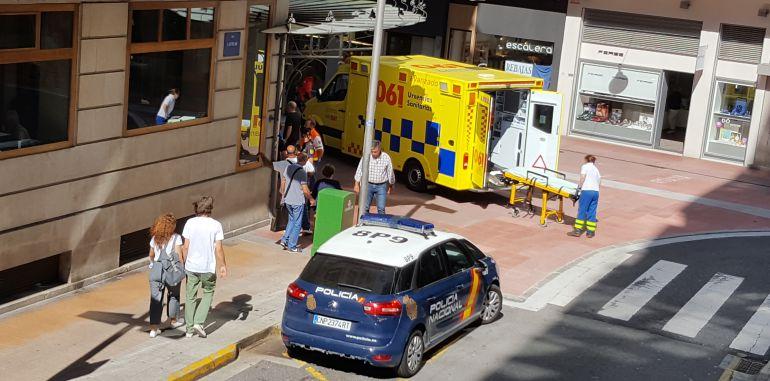 Muere de un infarto en la calle Castelao de Pontevedra: Muere de un infarto en la calle