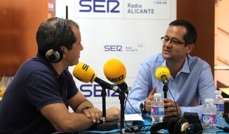 Inspector-Jefe Pedro Montore, jefe de sección de la Unidad de Delincuencia Económica y Fiscal de la Brigada Provincial de Policía Judicial de Alicante