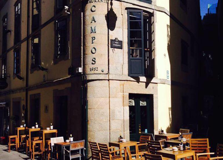 Exterior del Restaurante Campos, en la Rúa Nova de Lugo