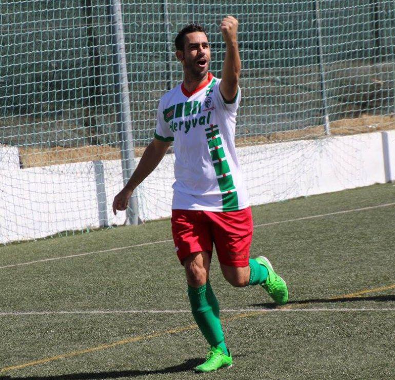 Manuel Gónzalez en su etapa de jugador con el Trival Valderas