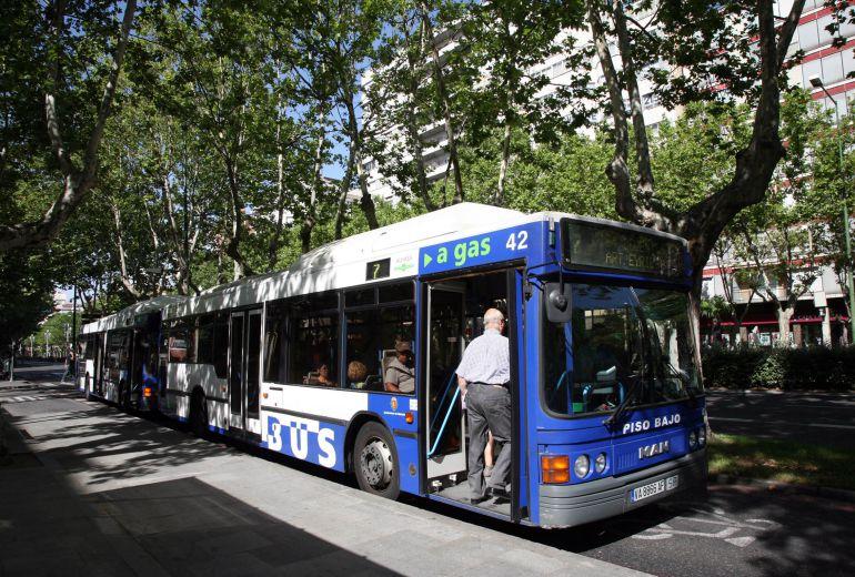 Heridos seis pasajeros de un autob s urbano de valladolid - Spa urbano valladolid ...