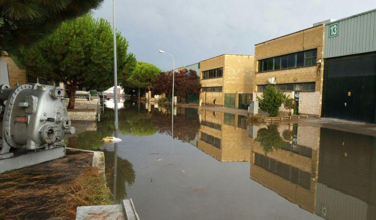 Calles de Paracuellos de Jarama tras las lluvias