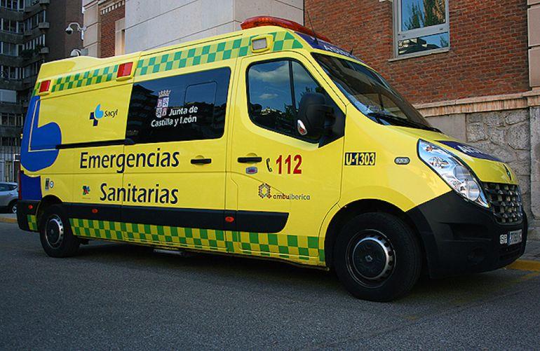 El herido ha sido trasladado en UVI móvil al COmplejo Asistencial de Segovia.