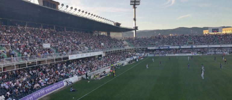EN ALBINEGRO: El CD Castellón supera los 5.000 socios