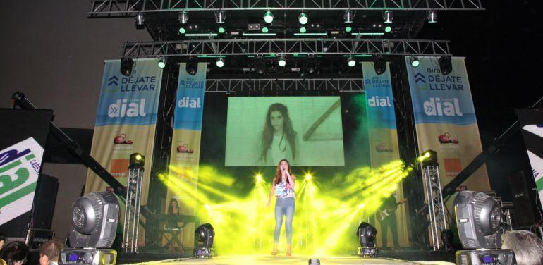 Cadena Dial refresca con su música la calurosa noche de Águilas