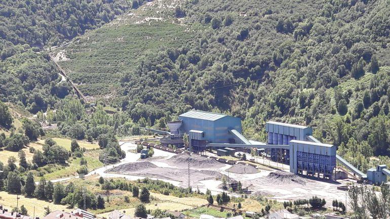 Leitariegos Existe propone un centro multiaventuras en el antiguo lavadero