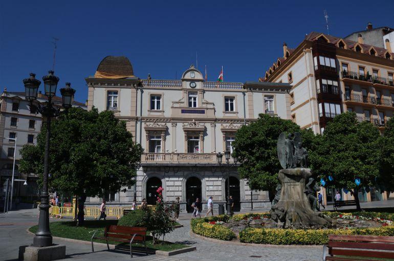 Concentración en Santurtzi para condenar la última agresión sexual