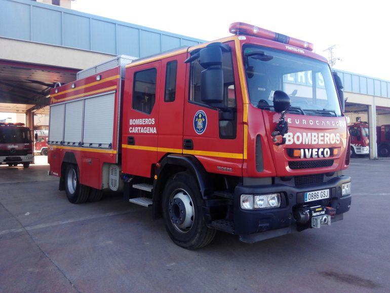 Cuatro vehículos incendiados en una noche en distintos puntos de La Aljorra