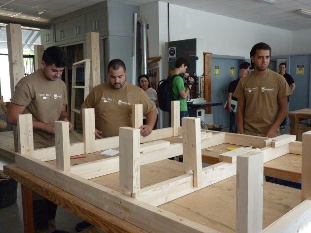 Alumnos de Carpintería del Taller de Empleo de Idelsa