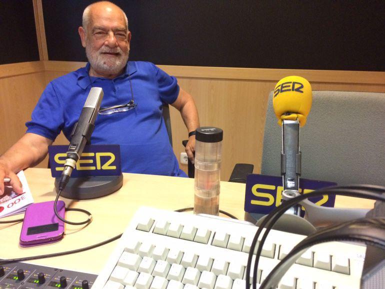Antonio Tarabini, en los estudios de Radio Mallorca