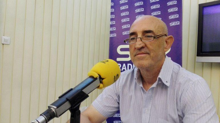 Agustín García Lázaro, en los estudios de Radio Jerez