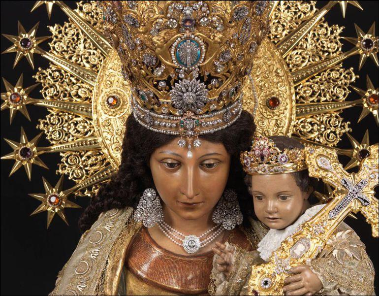 Virgen de los Desamparados, La Peregrina.